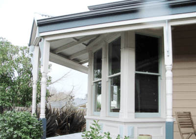 Cambridge villa with double hung windows, double glazed