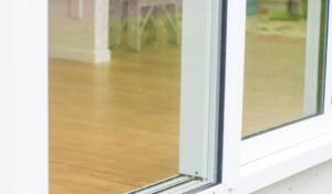 Replacement double glazed sliding door - bottom detail